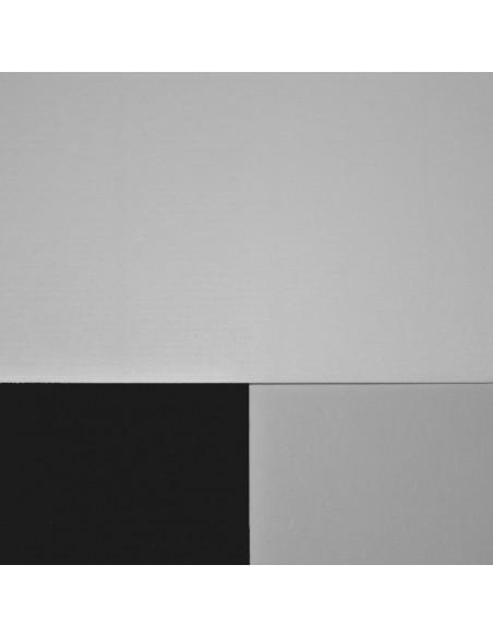 Papier wyklejkowy biel naturalna, 120 g/m² na białym i czarnym tle