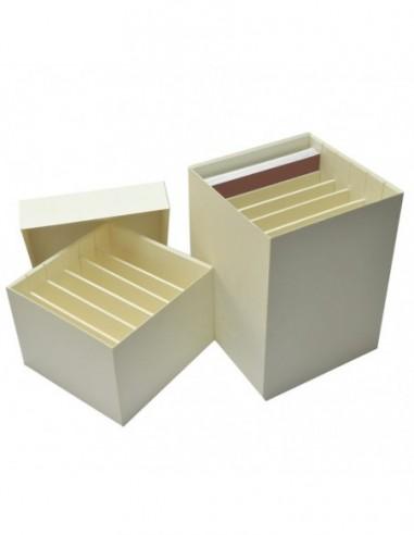 Pudełka do archiwizacji negatywów /...